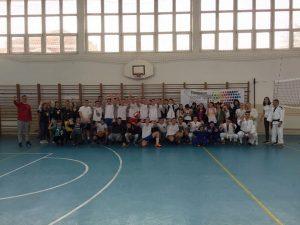 """Manifestacija """"Sportom protiv nasilja"""" i Evropski školski sportski dan u Srednjoj školi """"Miloje Vasić"""" u Velikom Gradištu."""